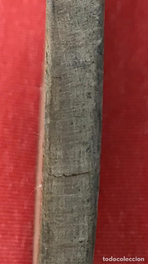 Coleccionismo deportivo: antiguas palas raquetas madera y corcho en mango años 30 mujer pala pelota juego - Foto 5 - 171465055