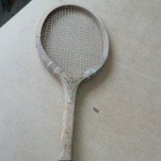 Coleccionismo deportivo: ANTIGUA RAQUETA DE TENIS MR ZARAUZ. Lote 172297383