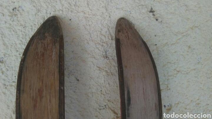 Coleccionismo deportivo: Antiguos esquíes, 2 metros por 7 cm,ideal coleccionistas,ver - Foto 14 - 178185665