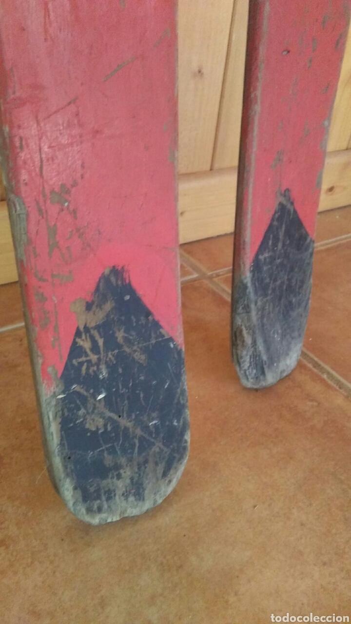 Coleccionismo deportivo: Antiguos esquíes, 2 metros por 7 cm,ideal coleccionistas,ver - Foto 18 - 178185665