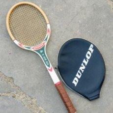 Coleccionismo deportivo: RAQUETA TENIS DUNLOP D. LINE 505, DE MADERA. AÑOS 80.. Lote 178982542