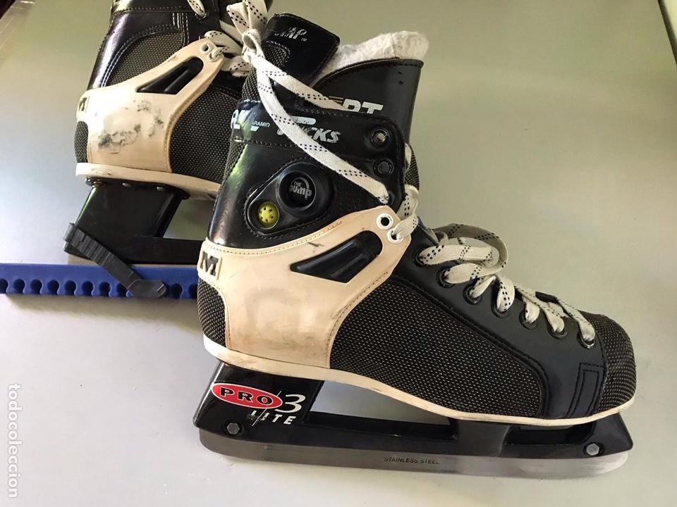 Coleccionismo deportivo: Antiguos patines de hockey prote lite - Foto 2 - 179552842