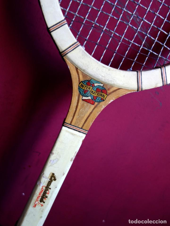 Coleccionismo deportivo: Tres raquetas tenis madera vintage - Foto 4 - 180185191