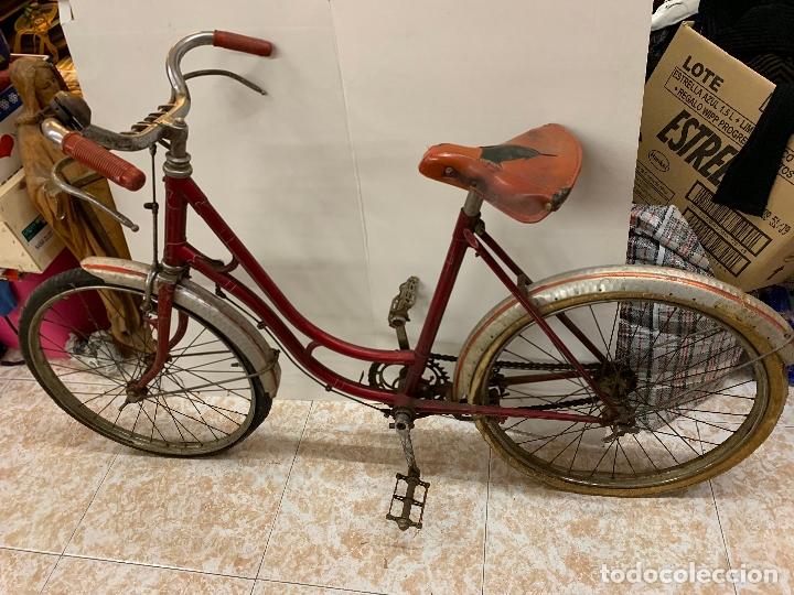 Coleccionismo deportivo: Espectacular bicicleta antigua infantil de varillas. Leer mas y ver fotos - Foto 2 - 182625125