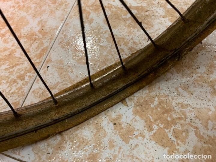 Coleccionismo deportivo: Espectacular bicicleta antigua infantil de varillas. Leer mas y ver fotos - Foto 3 - 182625125
