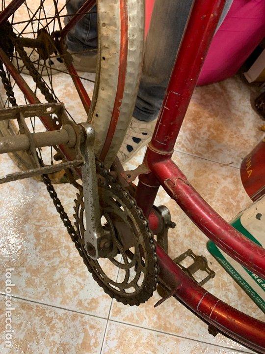 Coleccionismo deportivo: Espectacular bicicleta antigua infantil de varillas. Leer mas y ver fotos - Foto 6 - 182625125