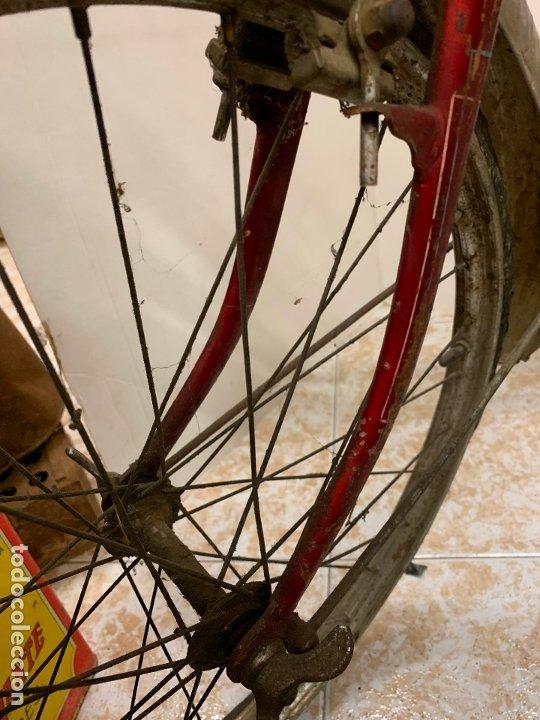 Coleccionismo deportivo: Espectacular bicicleta antigua infantil de varillas. Leer mas y ver fotos - Foto 7 - 182625125