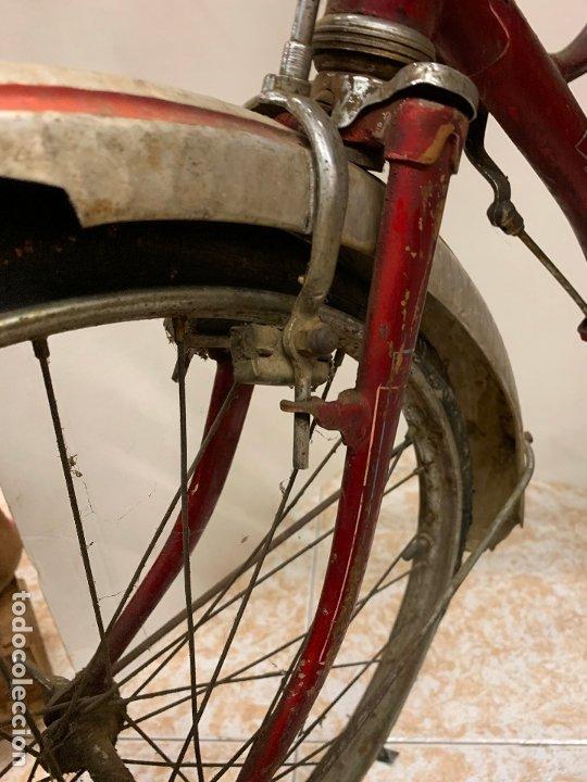 Coleccionismo deportivo: Espectacular bicicleta antigua infantil de varillas. Leer mas y ver fotos - Foto 8 - 182625125