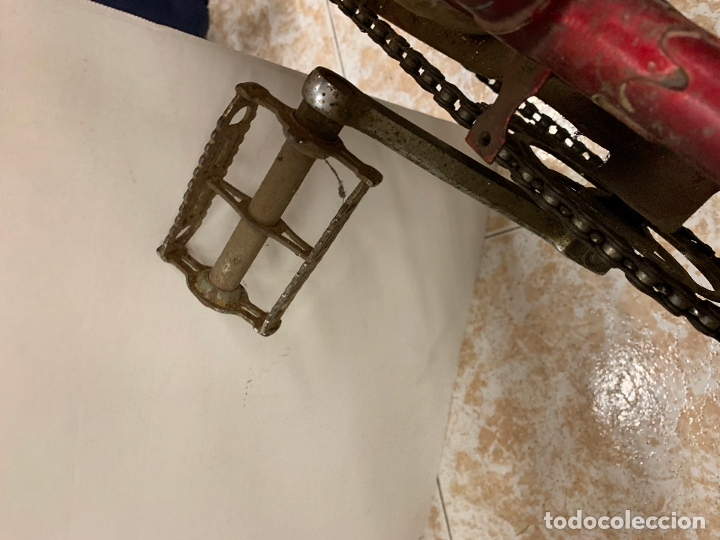 Coleccionismo deportivo: Espectacular bicicleta antigua infantil de varillas. Leer mas y ver fotos - Foto 10 - 182625125
