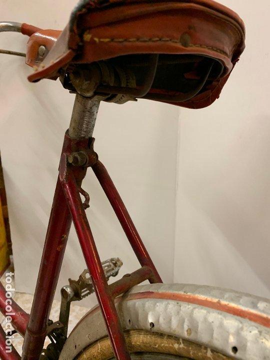 Coleccionismo deportivo: Espectacular bicicleta antigua infantil de varillas. Leer mas y ver fotos - Foto 16 - 182625125