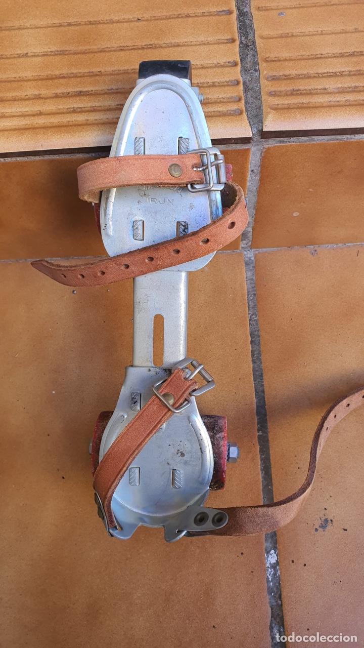 Coleccionismo deportivo: Bonitos patines antiguos, fabricación española - Foto 6 - 183444185