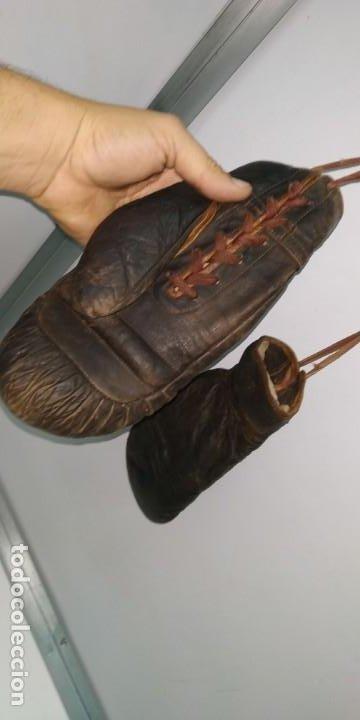 Coleccionismo deportivo: Guantes muy antiguos de boxeo principios de 1900 - Foto 7 - 188440006