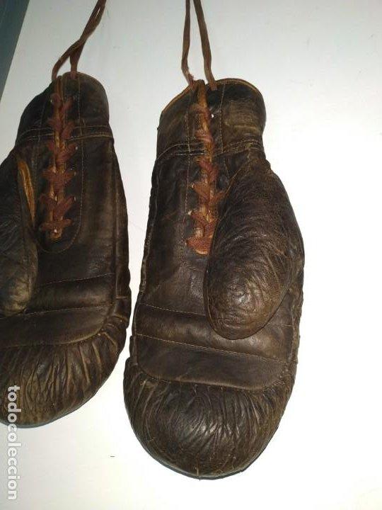 Coleccionismo deportivo: Guantes muy antiguos de boxeo principios de 1900 - Foto 11 - 188440006