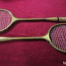 Coleccionismo deportivo: 2 RAQUETAS BADMINTON MADERA. Lote 192348416