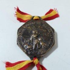 Coleccionismo deportivo: MEDALLA SAN BERNARDO DE MENTHON.PATRÓN DE LOS ALPINISTAS. Lote 195031262