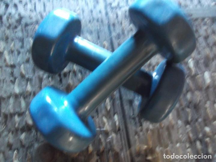 Coleccionismo deportivo: Juego de pesas para aerobic (2kg cada una) - Foto 2 - 202779525