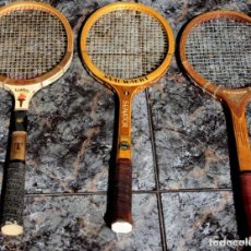 Coleccionismo deportivo: TRES RAQUETAS ANTIGÜAS.. Lote 203245300
