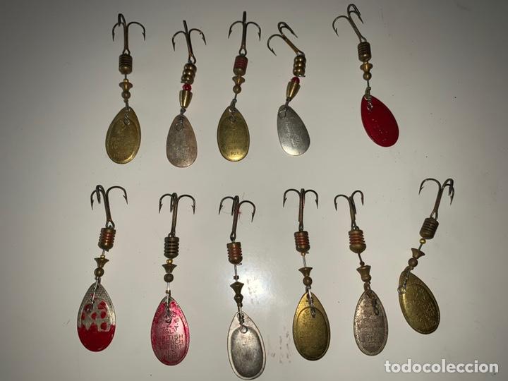 Coleccionismo deportivo: Pesca 36 cucharillas, hilo de pescar, anzuelos, varios lote - Foto 27 - 207400560