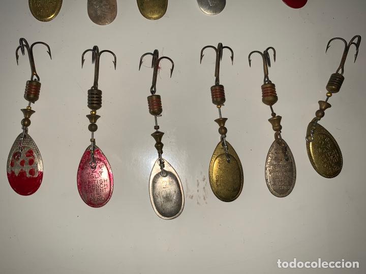 Coleccionismo deportivo: Pesca 36 cucharillas, hilo de pescar, anzuelos, varios lote - Foto 28 - 207400560