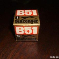"Coleccionismo deportivo: GOLF BOLA - SLAZENGER "" B51 PANTHER 60S"". Nº 1 - TAMAÑO 1,62. EN LA CAJA ORIGINAL. MADE IN ENGLAND. Lote 208187827"