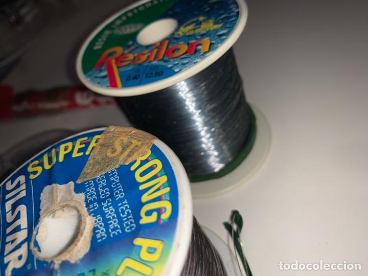 Coleccionismo deportivo: Gran lote artículos pesca anzuelos, cebos, carretes, hilo, cucharillas, boyas, plomos...etc - Foto 52 - 208433415