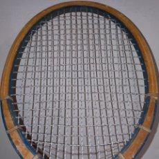 Coleccionismo deportivo: RAQUETA UNIVERSE. Lote 215299016