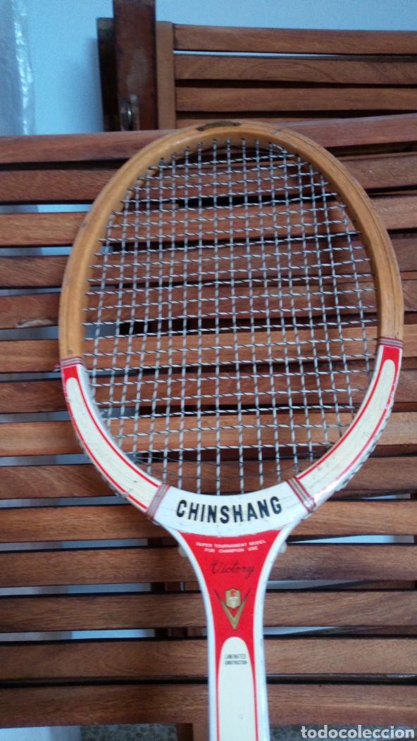 Coleccionismo deportivo: Antigua raqueta de tenis de madera finales de los 60. Vintage. - Foto 3 - 217617480