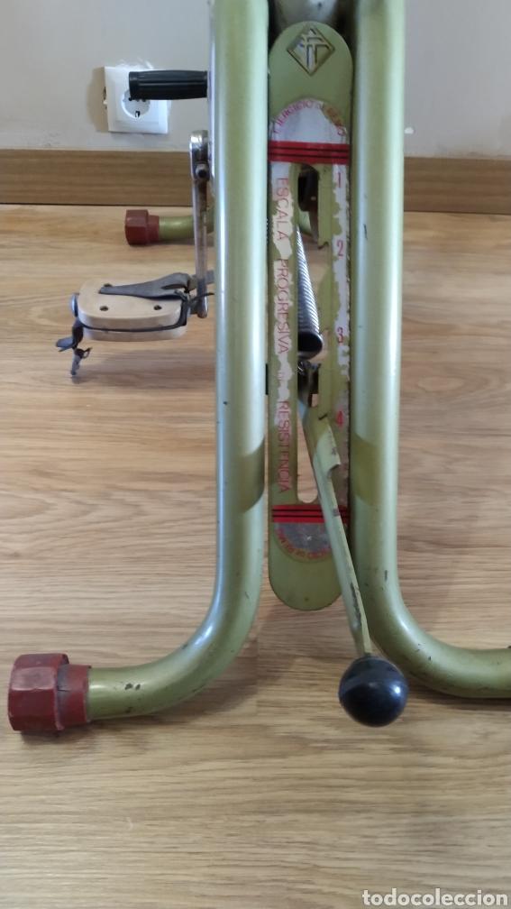 Coleccionismo deportivo: Bicicleta estática Torrot Gymnastic - años 70 - Foto 5 - 218089785