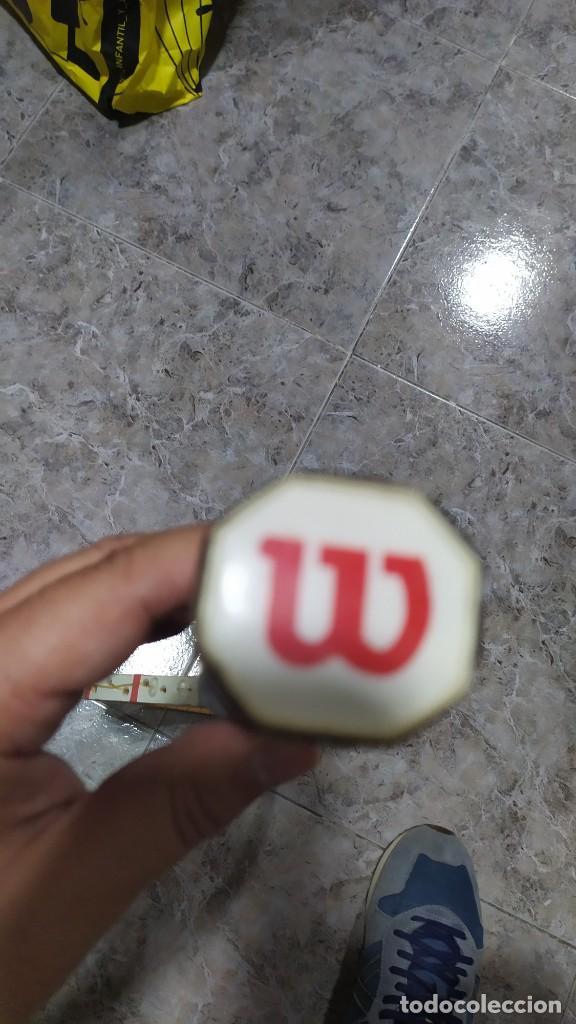 Coleccionismo deportivo: Raqueta de Tenis de madera Wilson Jimmy Connors - Foto 6 - 218809287