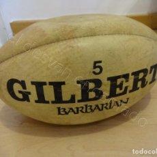 Coleccionismo deportivo: BALON DE RUGBY. GILBERT MOD. BARBARIAN Nº 5. SEÑALES DE USO. Lote 221942963