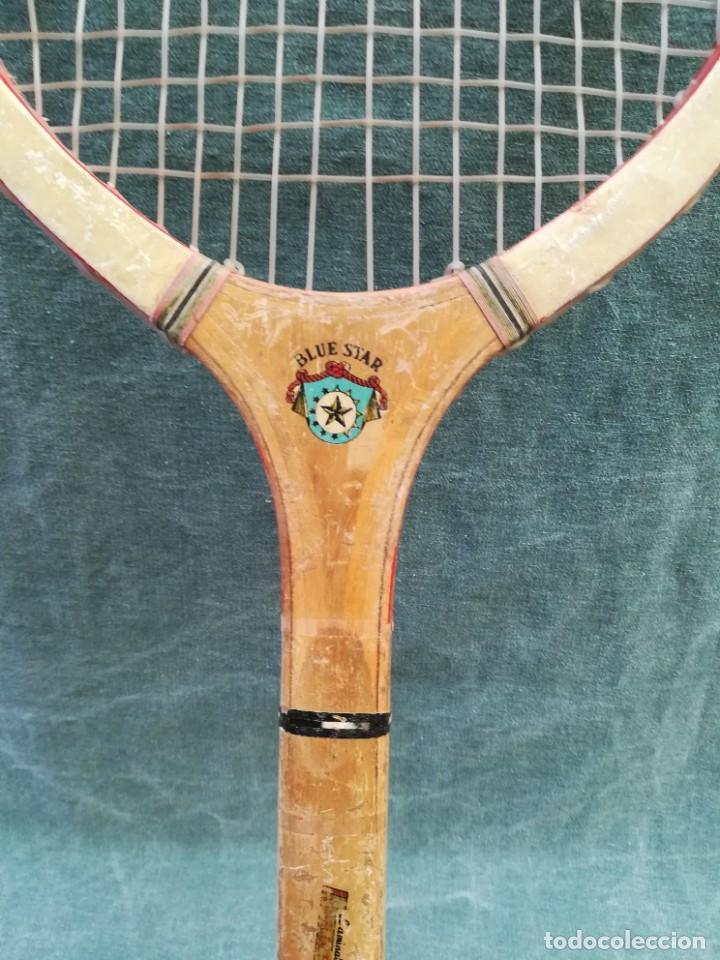 Coleccionismo deportivo: LOTE DE 2 - RAQUETA DE MADERA - FRONTÓN - BLUE STAR - Foto 7 - 221959323