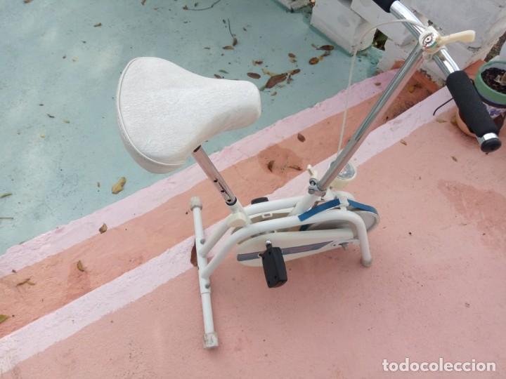 Coleccionismo deportivo: Bicicleta estática antigua. Buen estado. - Foto 2 - 222012751