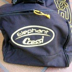 Coleccionismo deportivo: BOLSA CRESSI ELEPHANT - GRAN TAMAÑO. PARA UTILES BUCEO, SURF, SUBMARINISMO, NAUTICA,...BUEN ESTADO. Lote 222840811