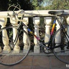 Coleccionismo deportivo: BICICLETA DE CARRERAS RIEJU, EN ESTADO ACEPTABLE FUNCIONA BIEN.. Lote 226104945