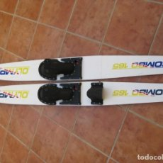 Coleccionismo deportivo: PAREJA DE ESQUIS ACUATICOS OLYMPIC COMBO 165.. Lote 229235325