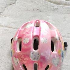 Coleccionismo deportivo: CASCO CICLISMO / PATINAJE INFANTIL PRINCESAS DISNEY. Lote 234841070