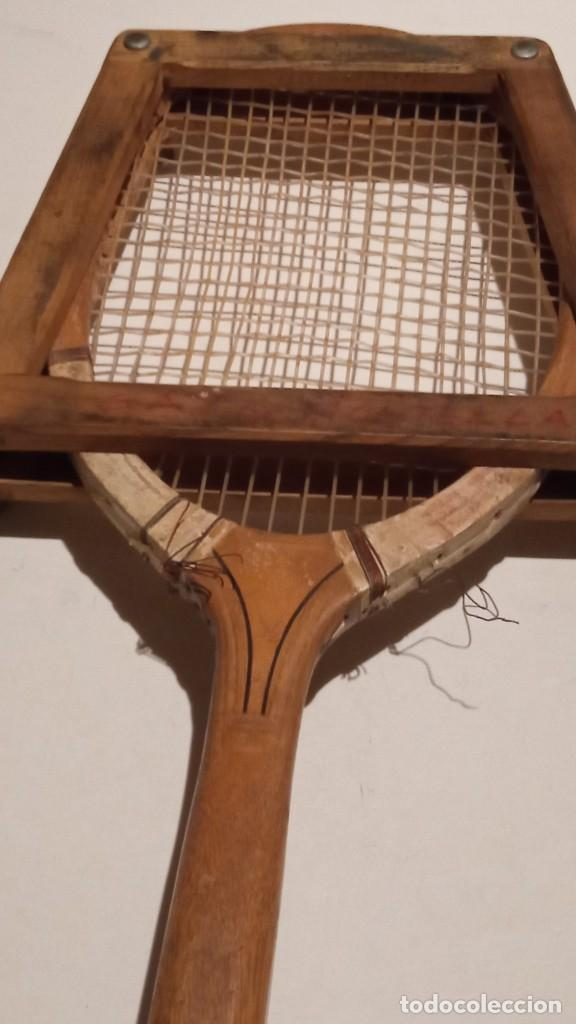 Coleccionismo deportivo: ANTIGUA RAQUETA DE TENIS DE MADERA - Foto 2 - 245251940