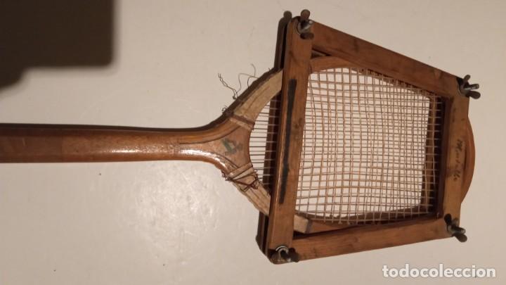 Coleccionismo deportivo: ANTIGUA RAQUETA DE TENIS DE MADERA - Foto 7 - 245251940