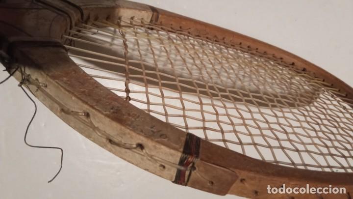 Coleccionismo deportivo: ANTIGUA RAQUETA DE TENIS DE MADERA - Foto 24 - 245251940