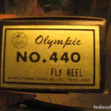 Coleccionismo deportivo: CARRETE DE PESCA OLYMPIC 440 CON CAJA. Lote 262199095