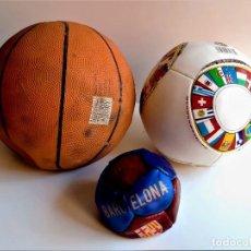 Coleccionismo deportivo: TRES PELOTAS O BALONES VARIOS. Lote 263745735