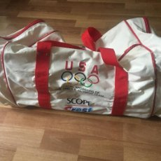 Coleccionismo deportivo: BOLSA EQUIPO OLIMPICO USA OLIMPIC TEAM 1992 PUBLICIDAD SCOPE - CREST BARCELONA 92. RETRO VINTAGE. Lote 269647333