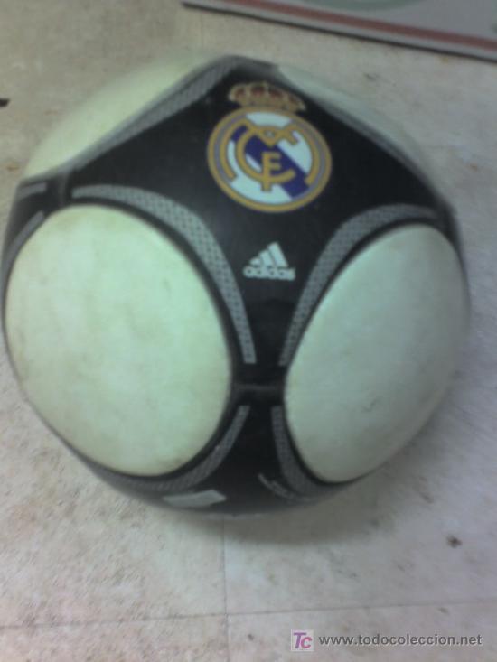 Coleccionismo deportivo: BALON REAL MADRID adidas - Foto 3 - 16382039