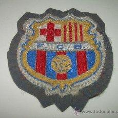 Coleccionismo deportivo: ANTIGUO ESCUDO BORDADO.....F.C.BARCELONA. Lote 25631491