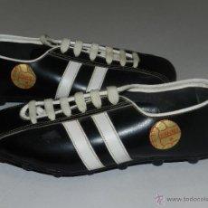 Coleccionismo deportivo: (M) BOTAS DE FUTBOL AÑOS 70 - MARCA OLYMPIC ( FANNY ) , TOTALMENTE NUEVAS. Lote 45355830
