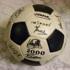 Coleccionismo deportivo: BALON FIRMADO DEL F.C.BARCELONA(1985-86). Lote 53692172