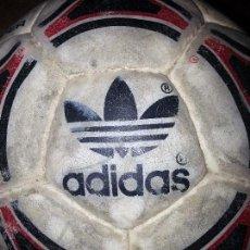 Coleccionismo deportivo: ANTIGUO BALON ADIDAS FUTBOL 3 SALA. Lote 55013705
