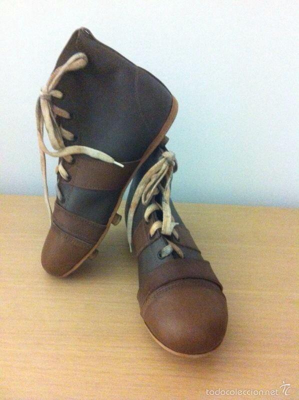 Botas retro de fútbol hechas de piel (1900-1930 - Vendido en Venta ... 0344992fbbb22