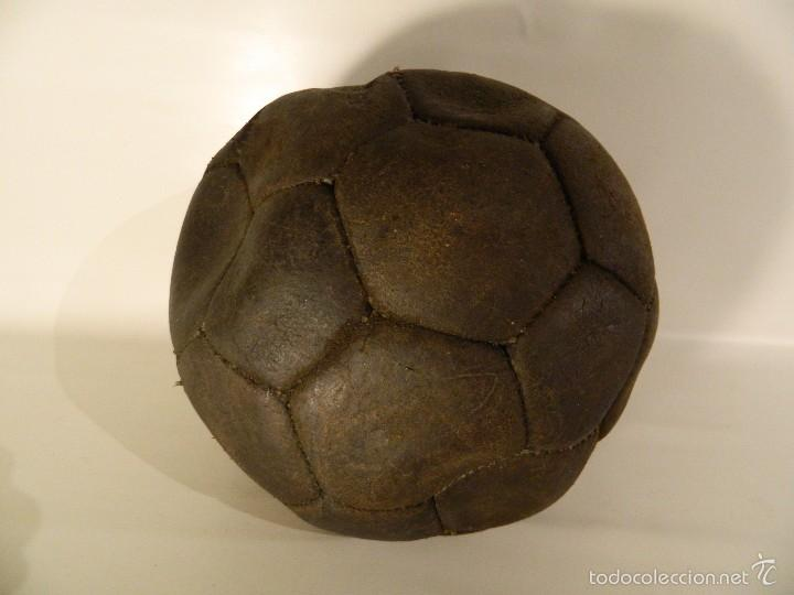 antiguo balón o pelota de fútbol - Comprar Material de Fútbol ... 8bb5e0631f8d4