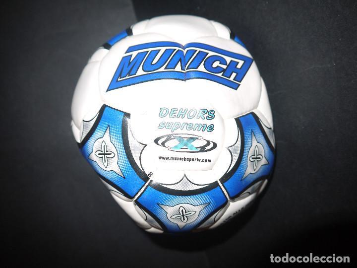 INCREIBLE BALON DE BUTBOL SALA AÑOS 80, MUNICH SIN USO DE TIENDA. (Coleccionismo Deportivo - Material Deportivo - Fútbol)